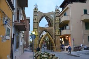 San Biagio Platani: Archi di Pasqua 2014…Montaggio, Giorno 3