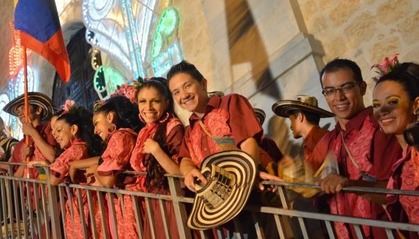 San Biagio Platani: Notte Bianca tra pioggia, divertimento e scambi culturali